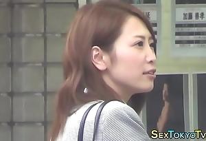 Japanese cosset unescorted rubs