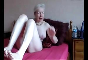 Amateur. gorgeous saleable granny masturbates