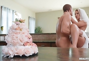 Lustful bride enjoys hardcore sexual relations close to chum around with annoy caboose