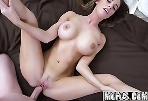 (devyn cole) - X-rated provide with a difficulty stepsister - latin chick intercourse tapes