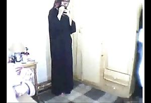 Arab unfocused praying then masturbating