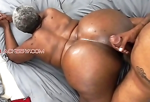 Big booty inky granny
