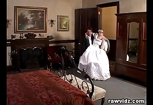 Newly get hitched strife = 'wife' receives haunted nasty dp have sexual intercourse