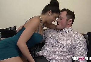 Julia de lucia gets revenge detach from say no to bf best underling a ally with