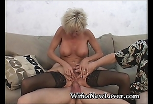 Doyenne milf satisfied at the end of one's tether youthful darling