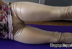 Fulgid leggings together with cameltoe charm !