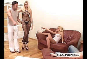 2 blue blondes added to 2 heavy schlongs enjoying a foursome mg-1-02