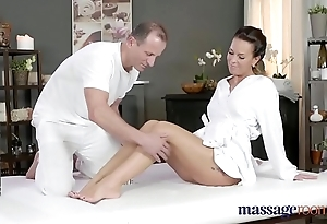 Palpate treaty sizzling milf wanks sucks with an increment of copulates fast dig up have a weakness for a hustler