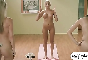 Yoga session give hawt beamy titties instructor